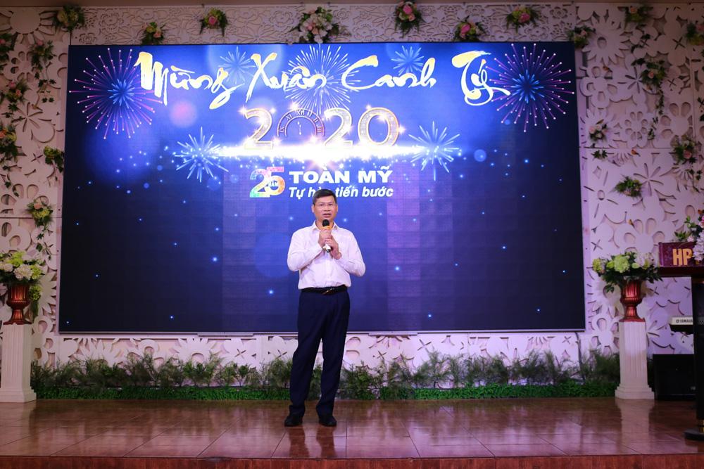 Ông Nguyễn Thanh Tùng thông báo đổi tên công ty