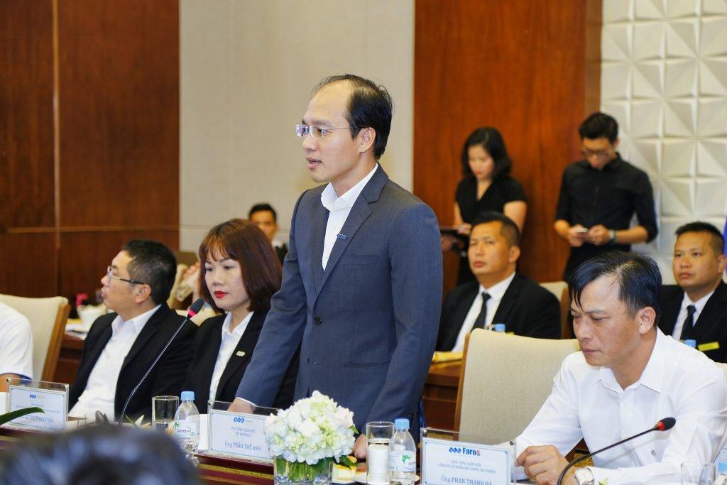 Ông Trần Thế Anh- Phó Tổng Giám đốc Tập đoàn FLC chia sẻ tại buổi lễ